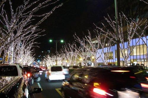 街路の灯り